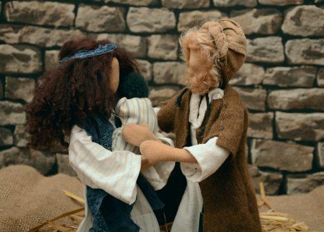 Józef trzymający Dzieciątko wraz z Maryją